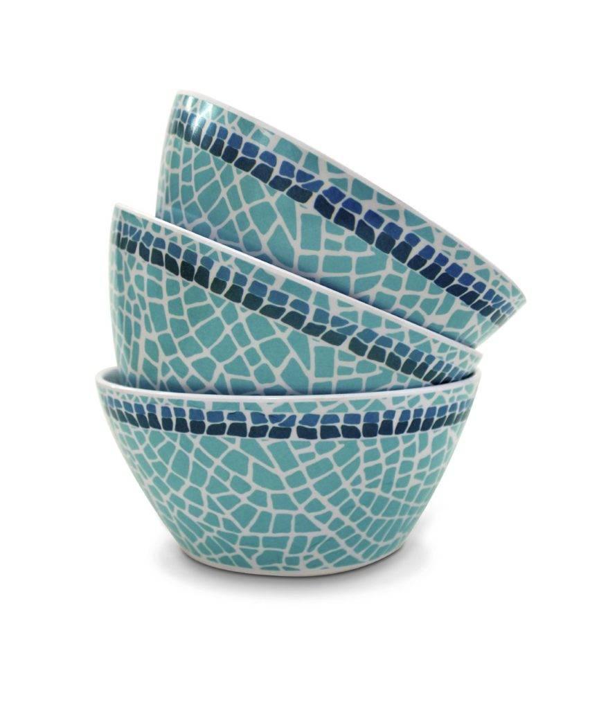 stacked bowls iStock_000058455274_Medium